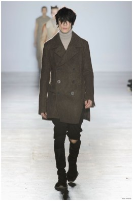 Rick-Owens-Fall-Winter-2015-Menswear-Collection-Paris-Fashion-Week-007
