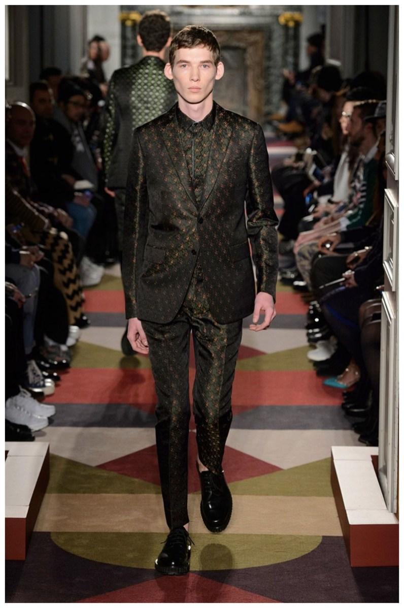 Valentino-Men-Fall-Winter-2015-Menswear-Collection-053