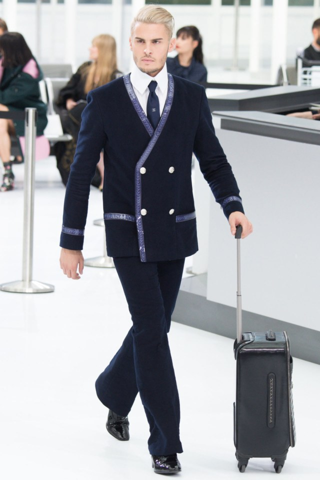 baptiste giabiconi goes blond for chanel spring 2016 show