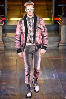 Moschino-2016-Fall-Winter-Mens-Collection-010