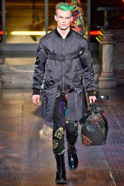 Moschino-2016-Fall-Winter-Mens-Collection-028
