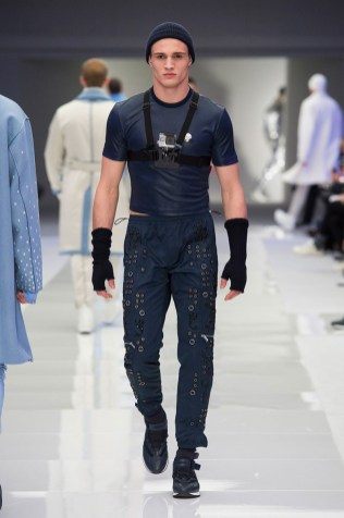 Versace-2016-Fall-Winter-Mens-Collection-022
