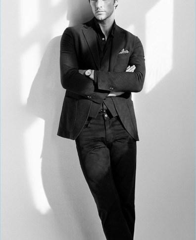 4d6e5752b1 Everlasting Elegance: Shaun DeWet Models Classic Massimo Dutti Styles