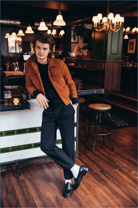 Joe-Keery-2017-GQ-Photo-Shoot-012