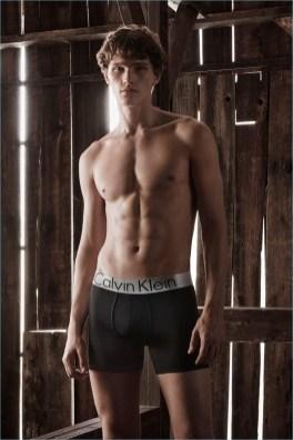 Calvin-Klein-Spring-Summer-2018-Mens-Underwear-Campaign-003