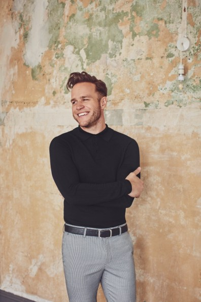 Olly-Murs-2018-River-Island-Collection-003