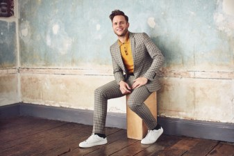 Olly-Murs-2018-River-Island-Collection-016