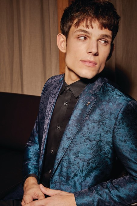 Ted-Baker-Holiday-2019-Mens-Style-008