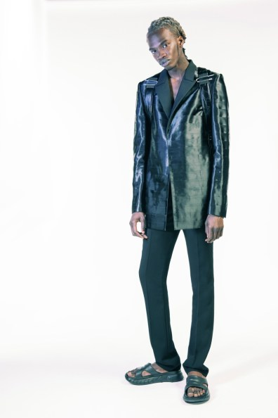 Givenchy-Spring-Summer-2021-Mens-Collection-Lookbook-013