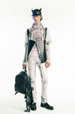 Givenchy-Spring-Summer-2021-Mens-Collection-Lookbook-021