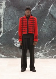 Louis-Vuitton-Fall-Winter-2021-Mens-Collection-016