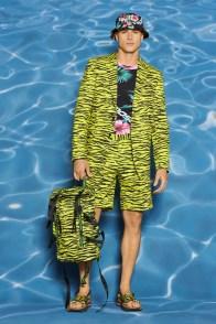 Moschino-Resort-2022-Mens-Collection-Lookbook-011