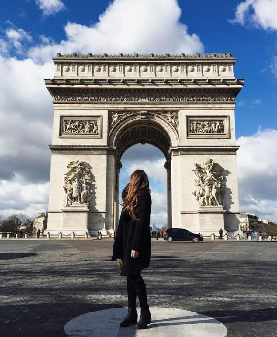 10 cliche things to do in Paris