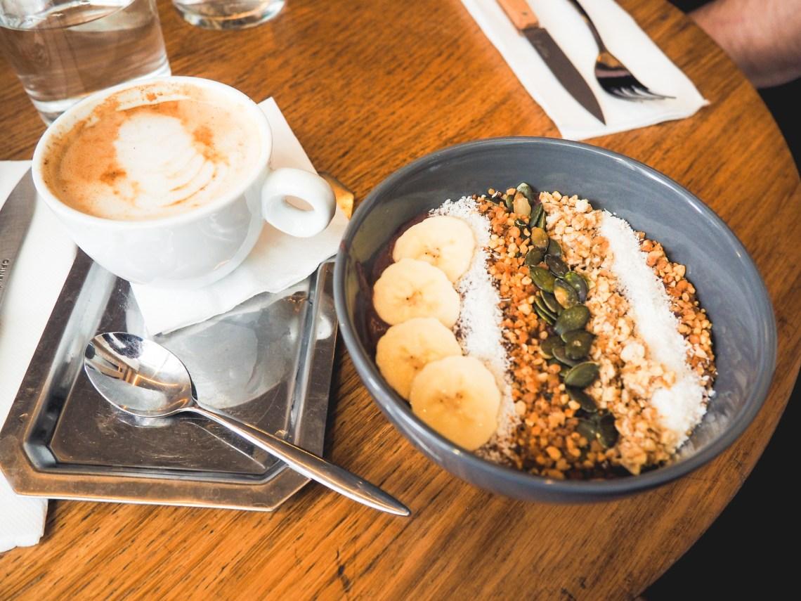 seasons cafe paris