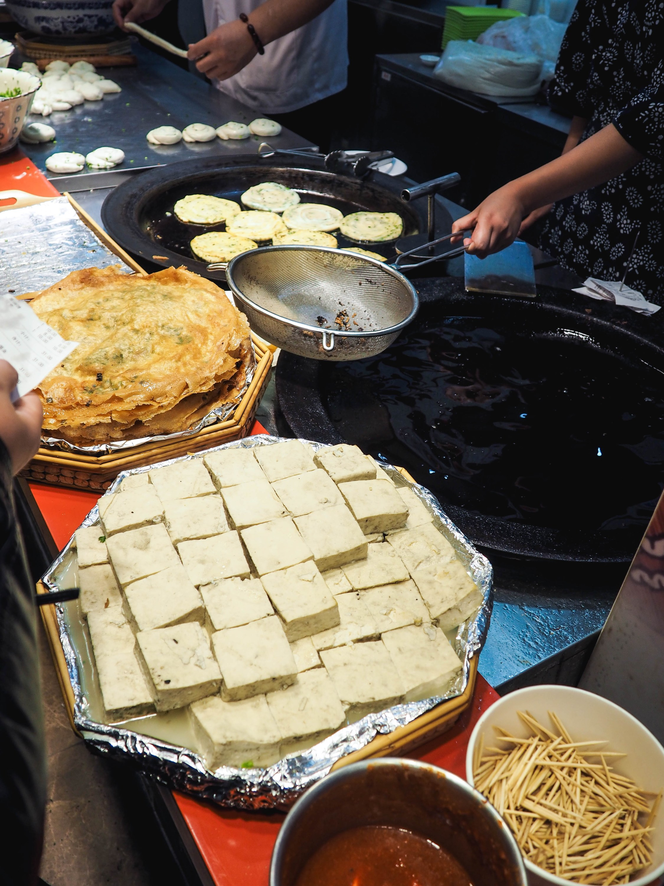vegetarian street food to try in shanghai