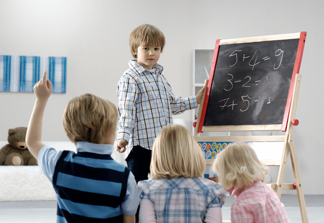 teaching kids about money - financial life lessons - kids learning image