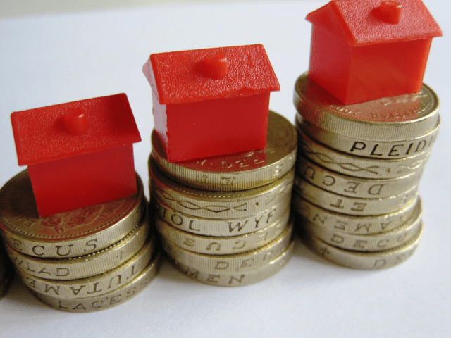 How to Build Up Your Property Portfolio - monopoly houses and cash image