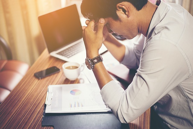financial stress, causes and solutions - worry image