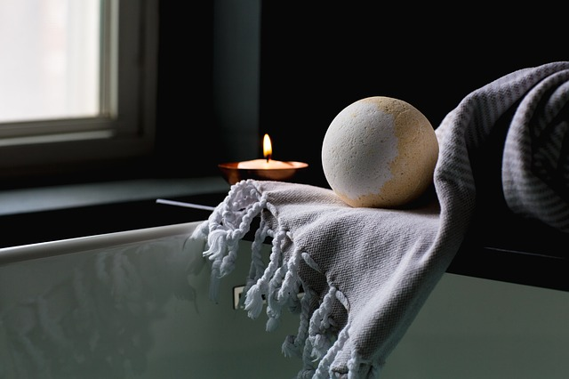 Can You Treat Yourself While Being Financially Cautious? - luxury bath and rug image