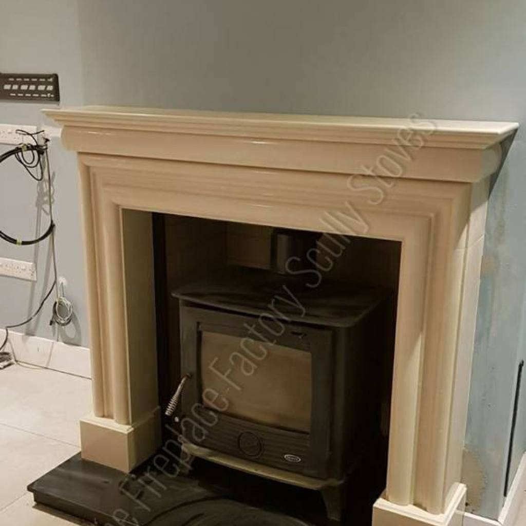 Wexford Fireplace with a Henley Druid Stove