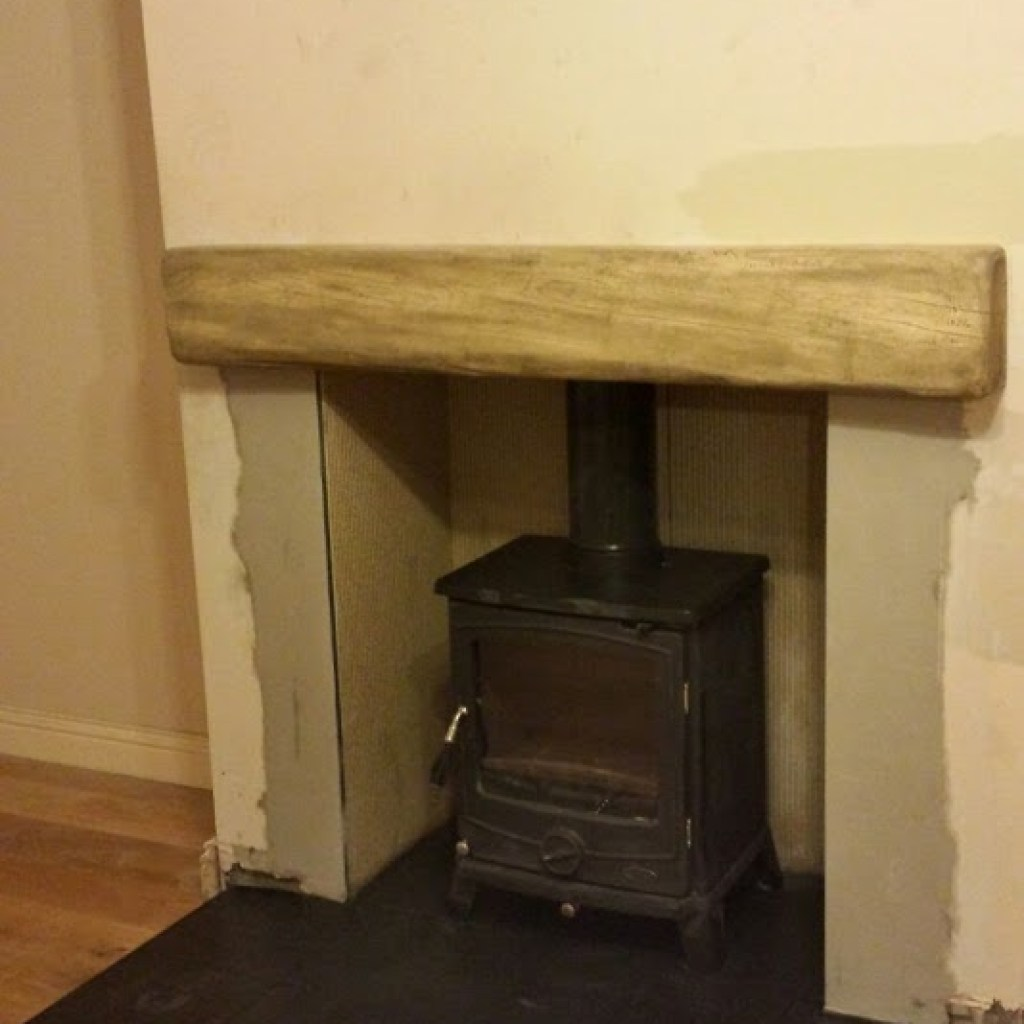 Henley Cambridge Stove, Skamolex Chamber with a light Oak Timber beam