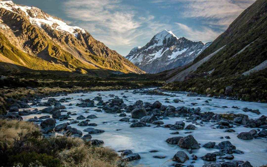 Hiking the Beautiful Hooker Valley Trail
