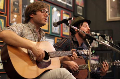 The Flat Response » Fruit Bats and Vetiver – 9 22 2011 @ Twist and Shout