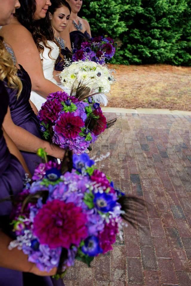 AshleyAlfredoWedding_Bouqet_PurpleWhite