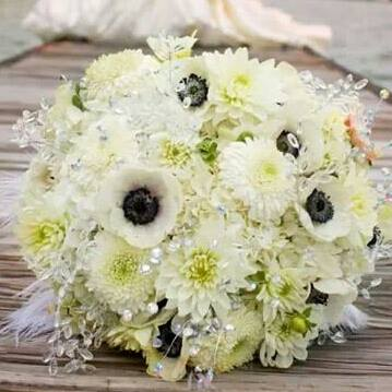 AshleyAlfredoWedding_WhiteWeddingBouquet