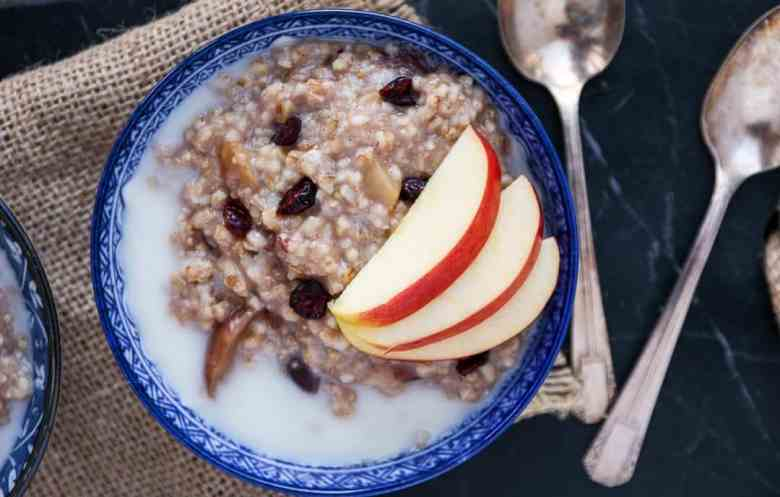 Slow Cooker Steel Cut Oats with apples and cranberries