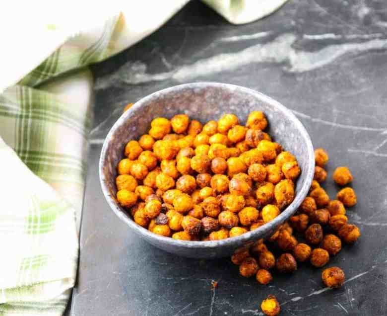 Spiced Lemon Roasted Chicpeas