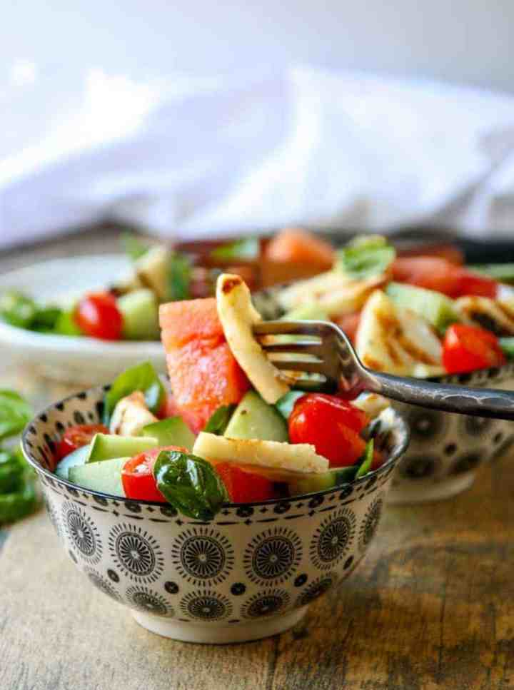 A bowl of salad, with Halloumi