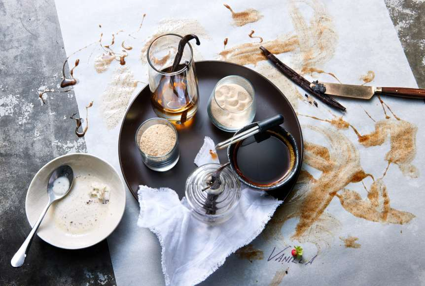 studio, commercial food, food photography, advertising, restaurant, editorial, cookbooks, cook books, Dallas, Houston, food styling, prop styling, props, state of the art, commercial kitchen, dessert, vanilla beans, ice cream, Ralph Smith Dessert Photography