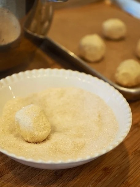 Pan Banging Sugar Cookies | www.thefreshcooky.com