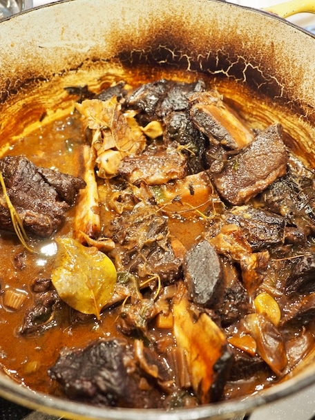 Red Wine Braised Beef Short Ribs   www.thefreshcooky.com