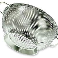 PriorityChef Colander, Stainless Steel Micro-Perforated Strainer For Washing Rice, Pasta And Small Grains, 3 Quart