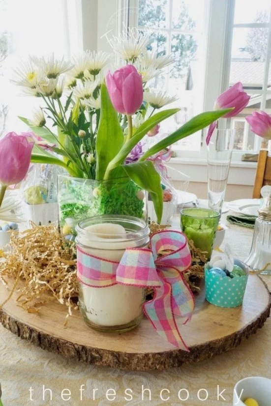 Easter Centerpiece and Tablescape | www.thefreshcooky.com
