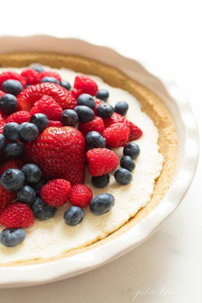 Lemon Pie {A No Bake Fruit Pie Recipe}