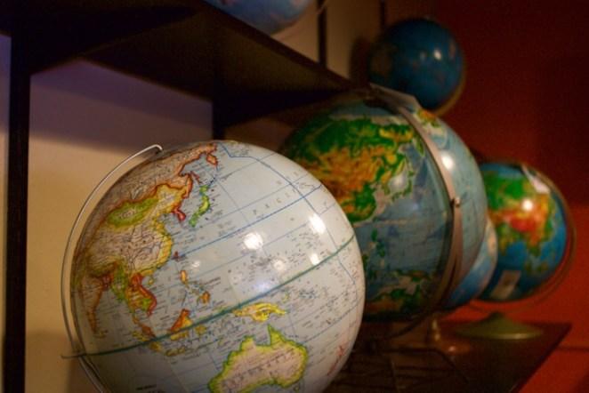 The frug globe
