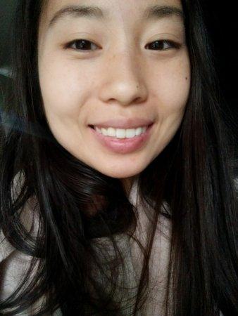 lily-no-makeup