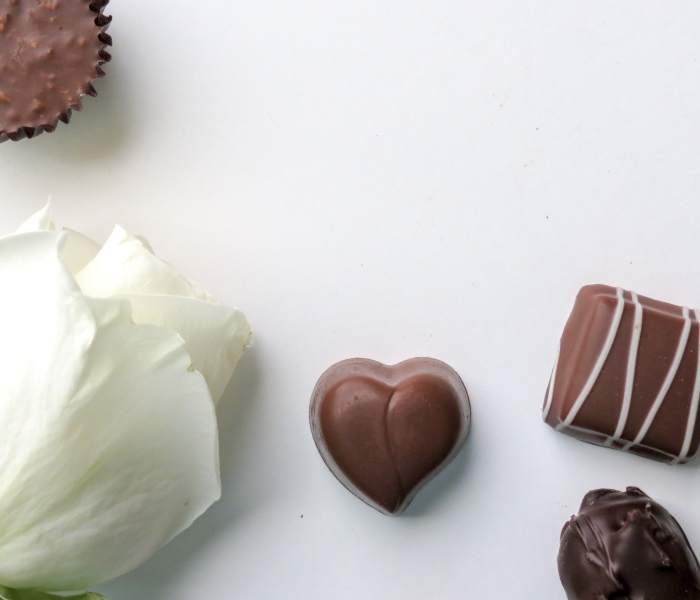 100 Free & Frugal Things to Do on Valentine's Day