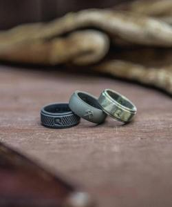 a4fe6d9073ee2 14 Inexpensive Wedding Ring Alternatives For Nontraditional Couples