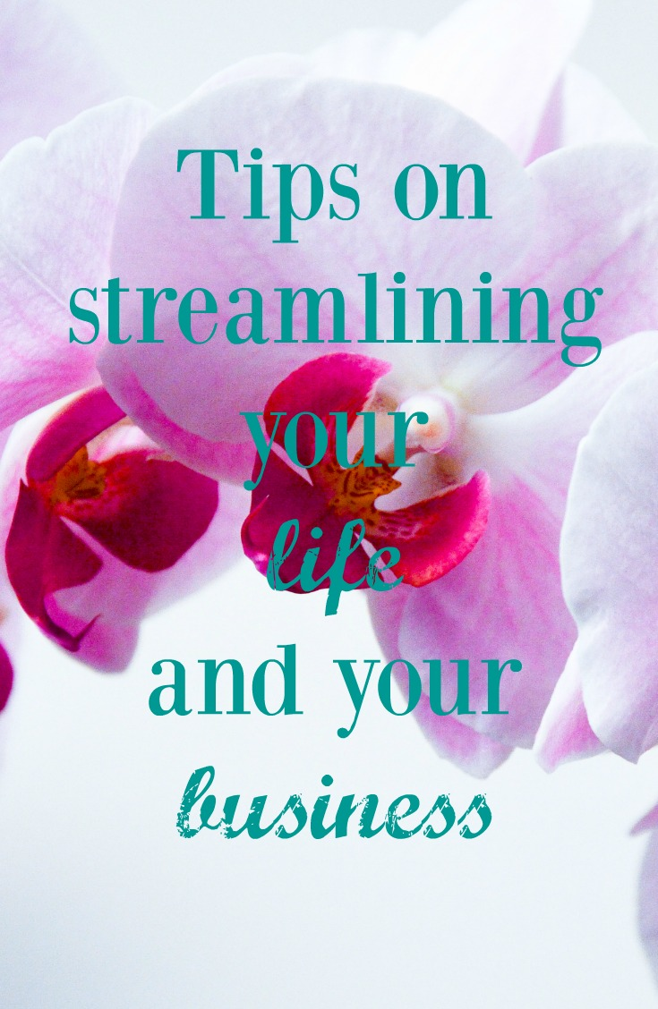 Tips on streamlining your life and your business. Looking for some ways to simplify your life, get more done and not feel so overwhelmed all the time?! Me too. As a full-time working mom to two toddlers (and a small business owner), I am sharing my tips on how to streamline both your life and your business.