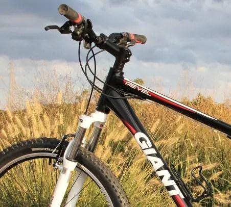 Mountain Bike Review: The 2012 Giant Revel 2