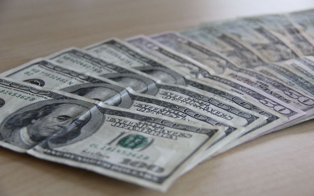 Save Thousands by Refinancing Your Loan – But Not With a Bank!