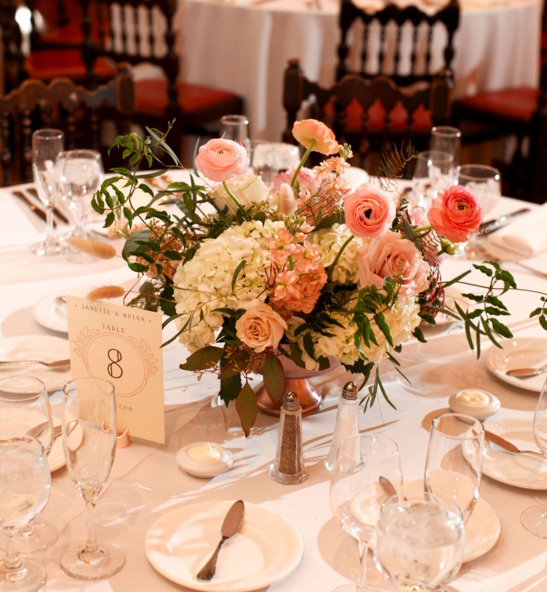 Formal wedding table setting