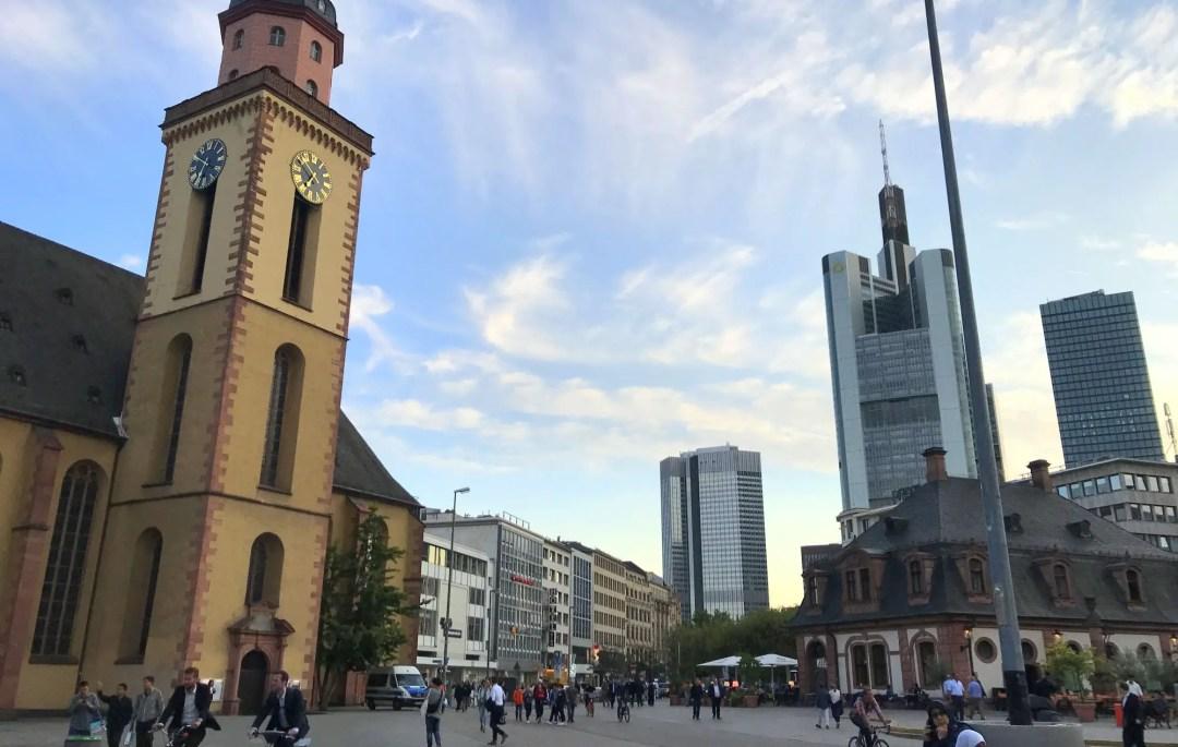 Contrast between old and new in Frankfurt