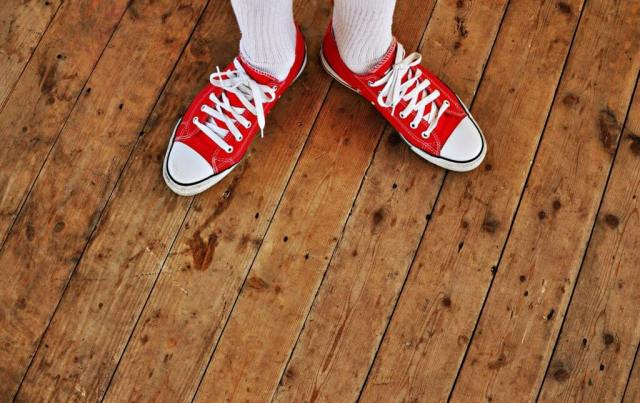 sneaker-1441954_1920