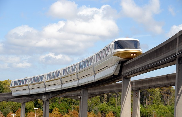 monorail at disney