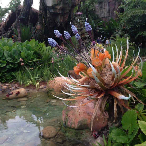 strange plants in pandora